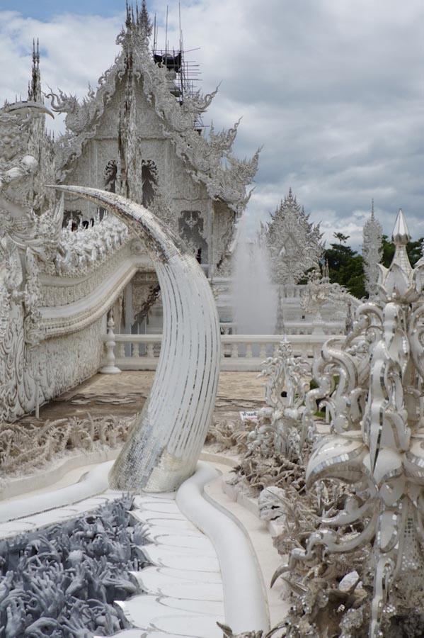 Wat-Rong-Khun0