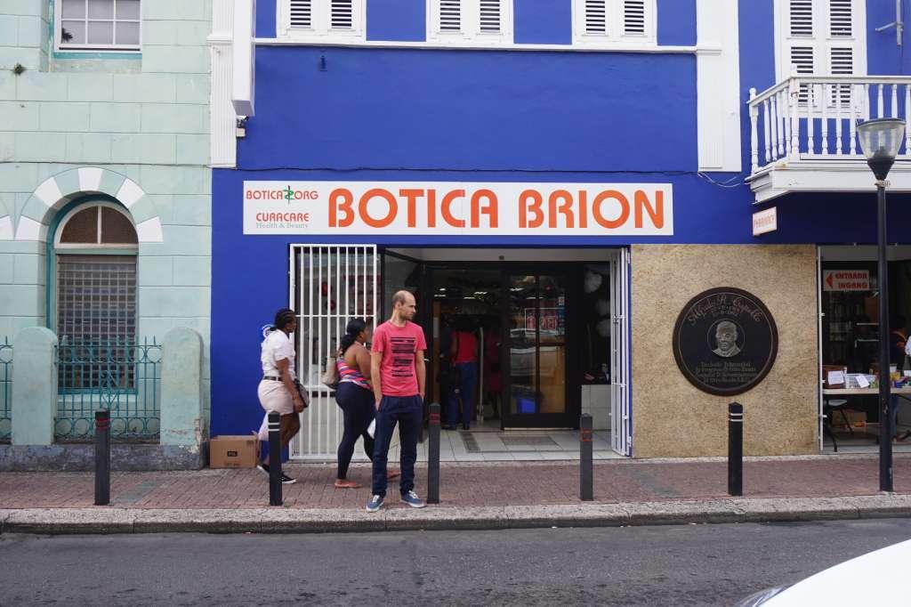 Botica Brion